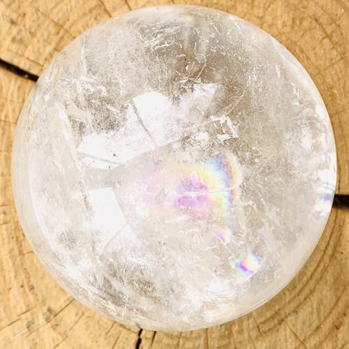 Bergkristal bol 77 mm regenboog