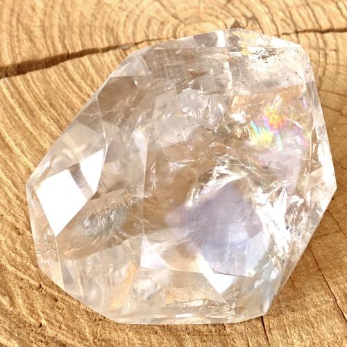 Bergkristal gepolijst met facet