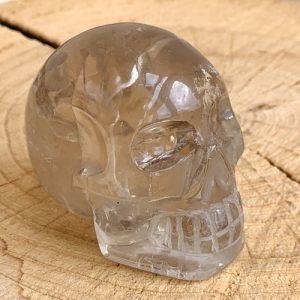Rookkwarts schedel skull 6 cm hoog